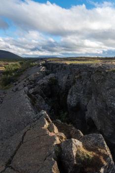 Zlom nad jaskyňou Grótjarga