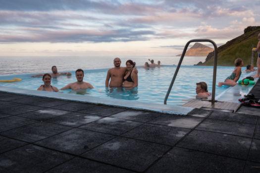 Krossneslaug, bazén s vodou z horúceho prameňa